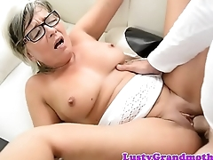 Spex granny fucked and jizzed on tits