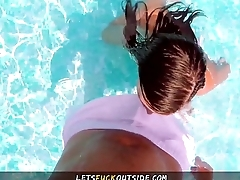Let'_s Fuck Outside - Milf Sucks Big Dick in Pool for Nasty Cumshot all Over Tits