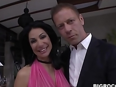 Valeria Visconti wants Rocco'_s huge dick