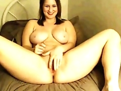 Thick lonely MILF plays with herself - camdystop.com