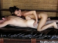 Fetish masseuse spunked