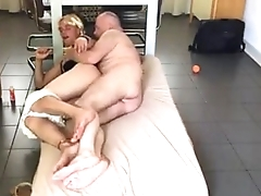 Young crossdresser get fucked by daddy mature