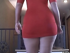 Woman shakes her big ass in a red dress