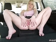 Sexy czech sweetie gapes her narrow kitty to the peculiar